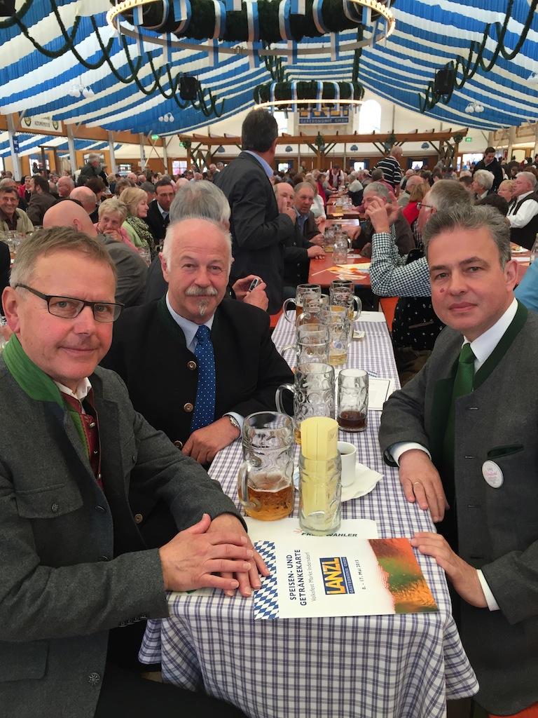 Volksfest Indersdorf.jpg