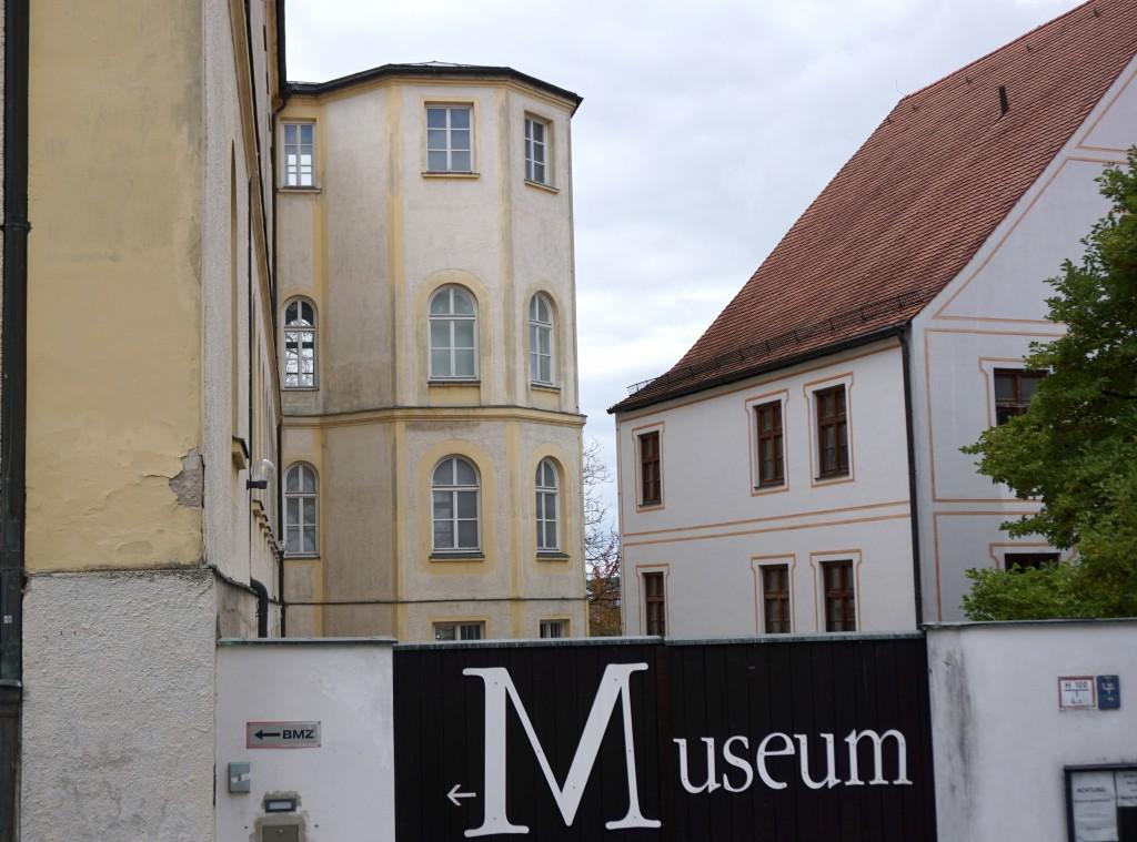 Das Oktogon, der markante achteckige Turm, soll bei der Sanierung des Diözesanmuseums weichen.